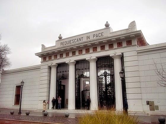 Lugares Curiosos: Cemitério da Recoleta, em Buenos Aires