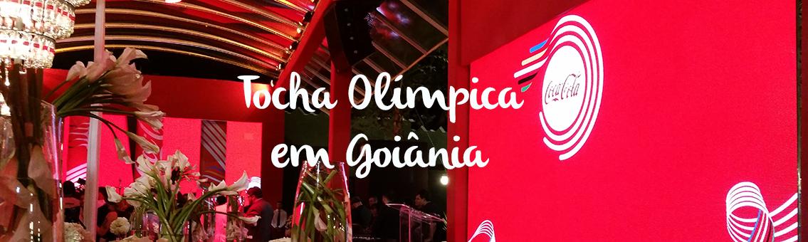 Tocha Olímpica é apresentada em evento da Coca Cola