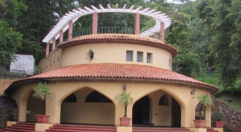 Complexo do Barreiro, Hotel Tauá e fonte Dona Beja em Araxá