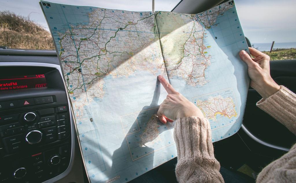 nove dicas para planejar uma viagem de carro lary di lua