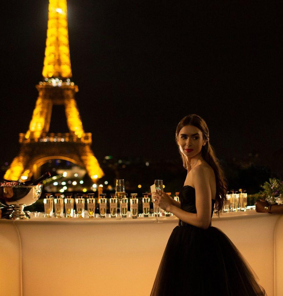 Conheça as locações de Emily em Paris lary di lua