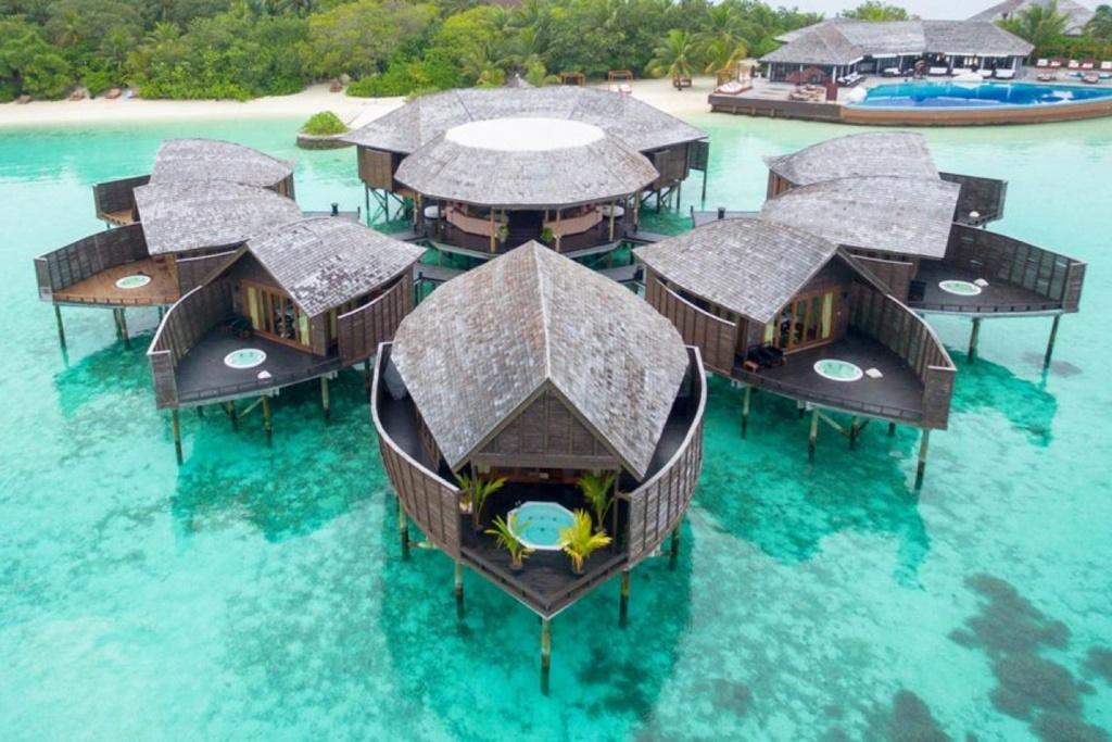 os mais incríveis Resorts de luxo pelo mundo lary di lua