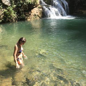 Bisnau Ecoturismo: poços de água verde e cachoeira em Formosa
